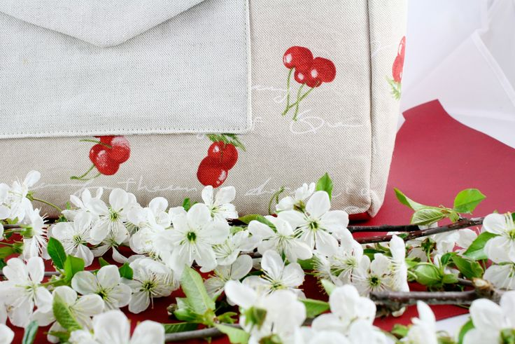 kabelku nájdete tu: http://www.sashe.sk/remix/detail/kabelka-kamila-ceresnova