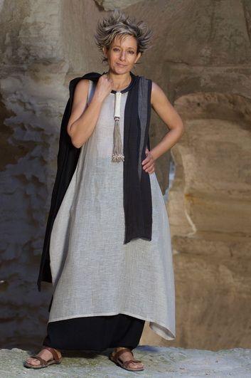 Robe tunique en voile de lin de couleur naturelle