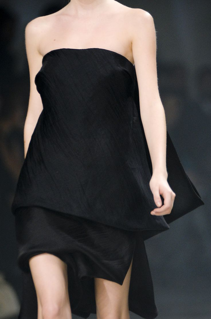 Little Black Dress - chic fashion details // Rick Owens Spring 2011