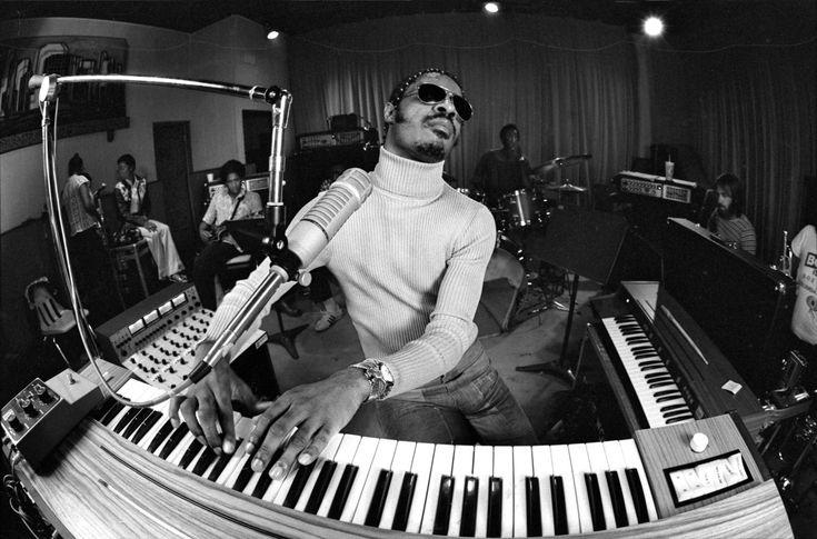 Stevie Wonder - Superstition  http://musiccoatedartistpictures.tumblr.com/post/136125886728/stevie-wonder-superstition