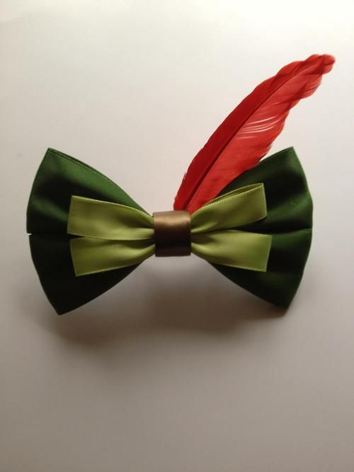 Disney inspired hair ribbons. This one's Peter Pan! @Haley Fraser @Abbey Fraser I think this might interest you.