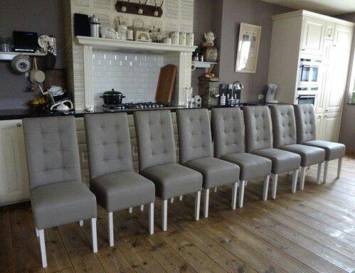 Mooie eetkamer stoelen....de OPKAMER..in Naaldwijk...