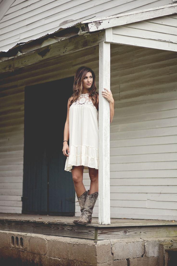 Autumn Grace Boutique is a trendy online fashion store, Shop now http://autumngraceboutique.com/ or join our facebook group at https://www.facebook.com/groups/1599623287022074/. From maxi dress dresses to tops, to pants and jeans. From urban fun to southern charm, Southern Couture. Inspired by stores like Urban Outfitters, Mod Cloth, Anthropologie, and Free People. Styles are boho, modern, chic. Moto jeggings. We are very comparable to the red dress boutique, southern fried chics, Modren…