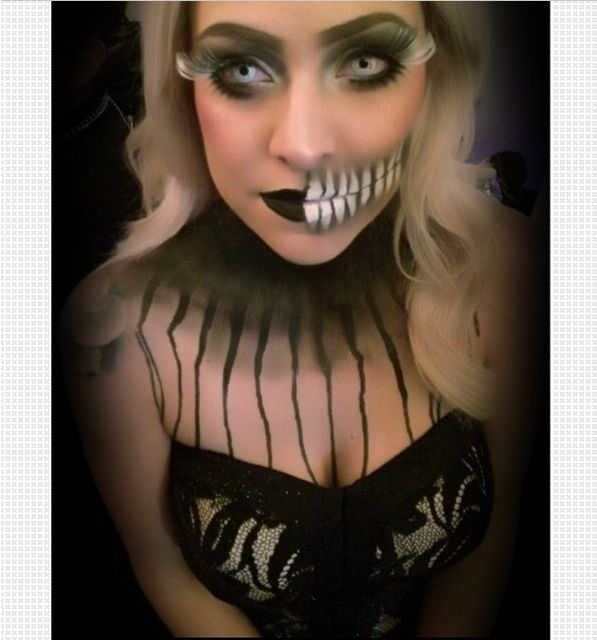 Follow @Luvekat on instagram for awesome halloween & sfx makeup