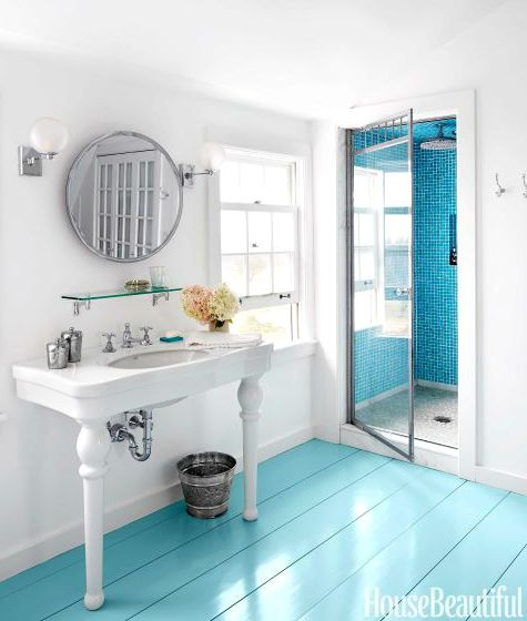 Painted Bathroom Floors  Painted Floor  Painted Wood Floors  Floor Paint  Sconces Vaughan  Waterworks Sconces  Colorful Ideas Bathrooms  Designer Kari. 1000  ideas about Painted Bathroom Floors on Pinterest   Painting