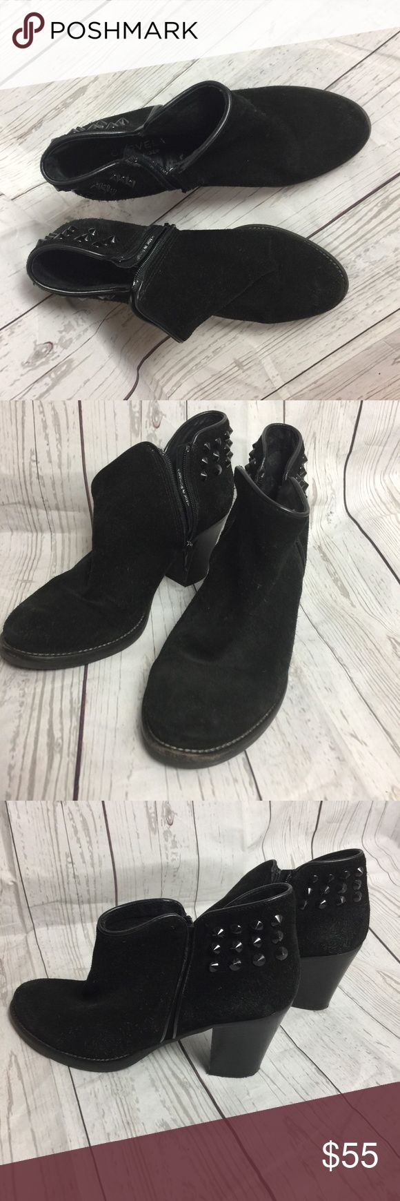 Carvela Kurt Size 37 Black Ankle Block Heel Boots Carvela By Kurt Geiger Size 37 Black Suede Studded Ankle Block Heel Boots   Style: Ankle Boots	 US Shoe Size (Women's): 37 Colour:Black	 Heel Type:Block Heel Height:Flat (0 to 1/2 in.)	 Color: Black Material:Suede	 Fastening: Zip Carvela Shoes Ankle Boots & Booties