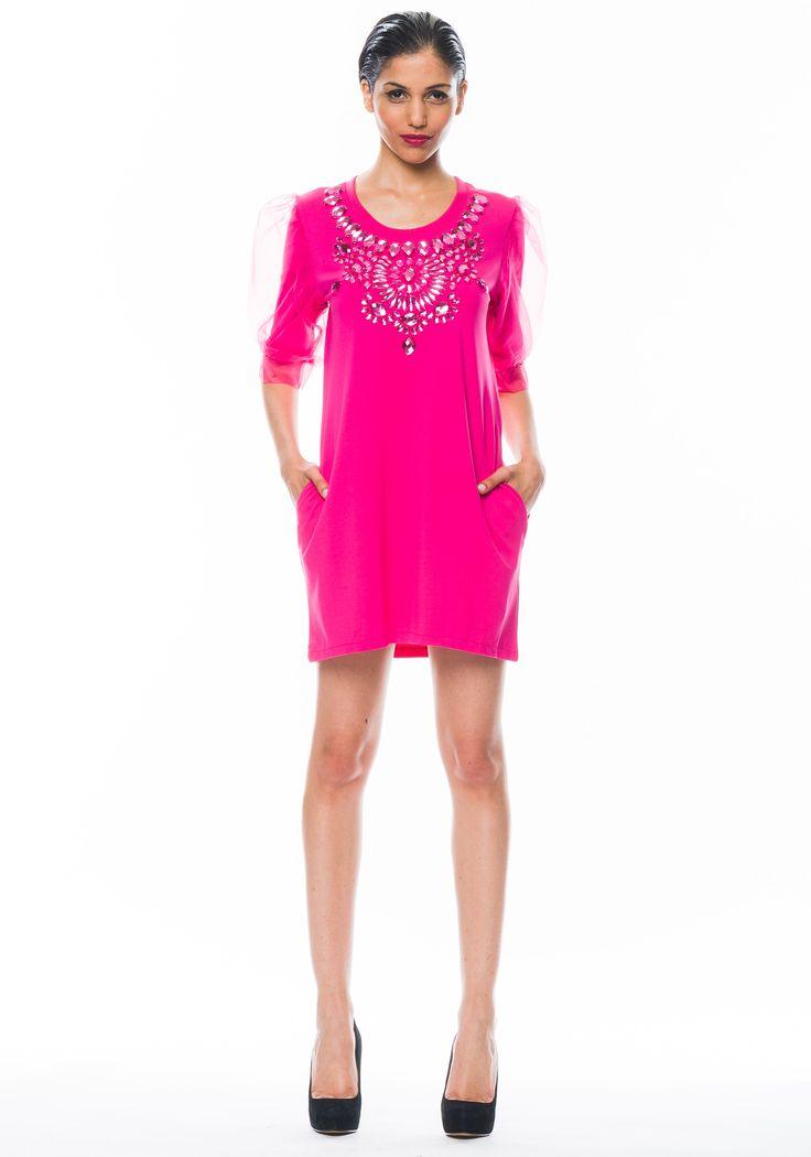 #Vestido Queen con #cristales bordados y bolsillos https://www.facebook.com/media/set/?set=a.781219588568163.1073741954.149353421754786&type=1