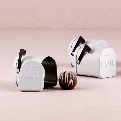 Set di 6 Mini Vintage Bomboniere - Bomboniere - nuziale doccia favore - personalizzato favori di partito - personalizzata Mailbox Mini favore di PerfectFavours su Etsy https://www.etsy.com/it/listing/234606512/set-di-6-mini-vintage-bomboniere