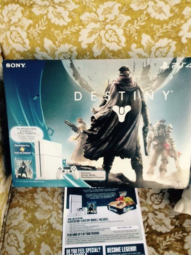 [image] That time Taco-Bell sent me a PS4 for buying a five dollar box meal. Best investment I've ever made. #Playstation4 #PS4 #Sony #videogames #playstation #gamer #games #gaming