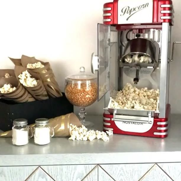 What's poppin' this weekend? How about a movie night to celebrate #NationalPopcornDay? This set up from @sandyalamode featuring our Nostalgia Electrics 50's Style Kettle Popcorn Popper is giving us major inspiration! ✨ #bedbathandbeyond  .  .  .  .  #popcorn #nostalgia #cute #tgif #weekend #weekendvibes #movienight #fun #nostalgic #cool #yum #pop #entertaining #snacks #party #family #friends #delicious #homemade #popcornmaker #popcornmachine