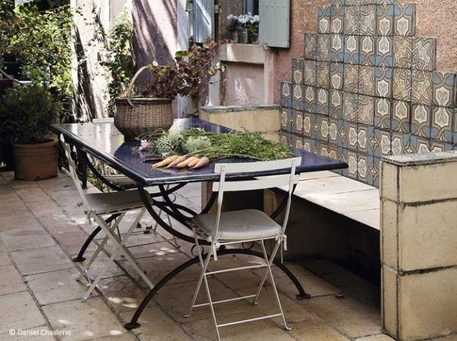 Inspir par le maroc pays de son enfance il s est amus - Jardin marocain terrasse ...