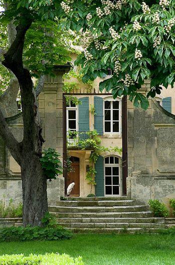 ♔ Secret garden in Provence