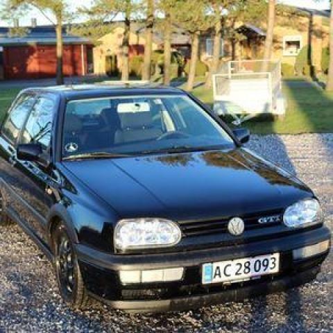VW Golf III 2,0 GTi Edition 3d 1997 km 281000 Sort