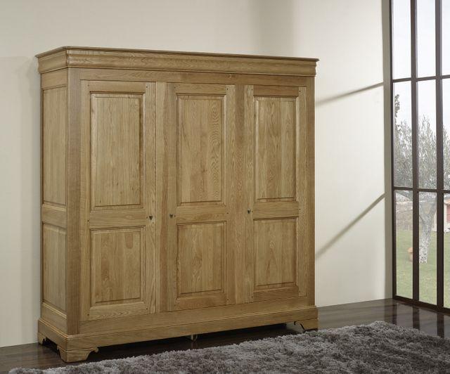 Armoire 3 portes Louis réalisée en Chªne Massif de style Louis Philippe