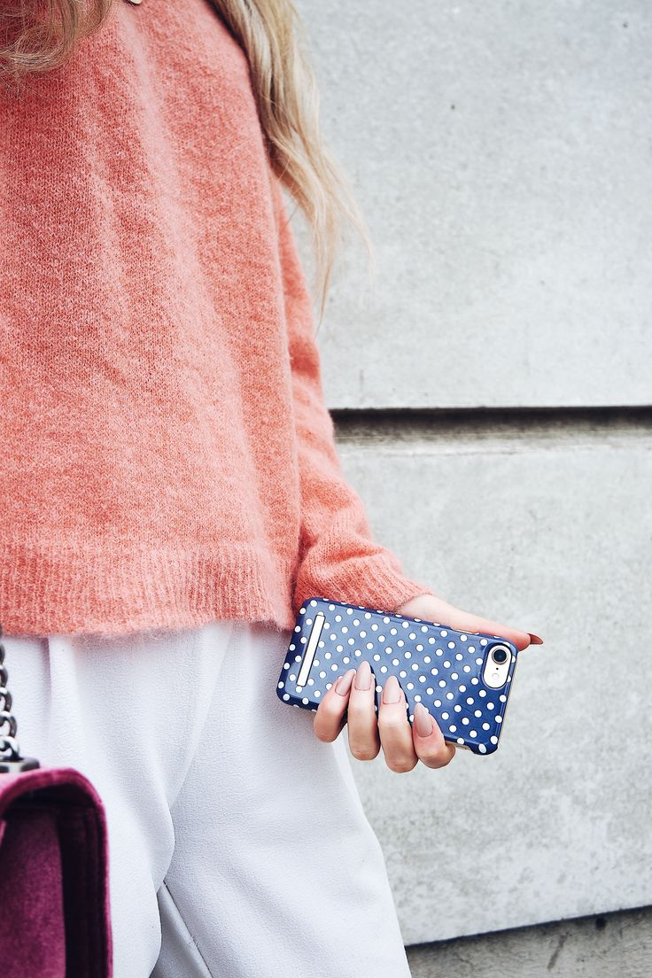 Blue Polka Dots by lovely @mariellelindahl - Fashion case phone cases iphone inspiration iDeal of Sweden #Pokadots #blue #marin #fashion #inspo #iphone