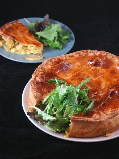 Tourte au poulet, champignons et lardons - Recette de cuisine Marmiton : une recette