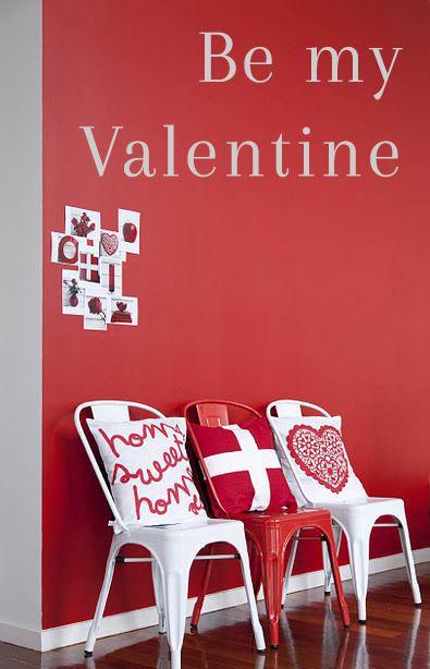 ⇢ La silla Tolix os manda un mensajito  El AMOR no tiene precio y menos con un descuento del 40%  #FelizSanValentin #loveisintheair #valentines#felizdiadelosenamorados