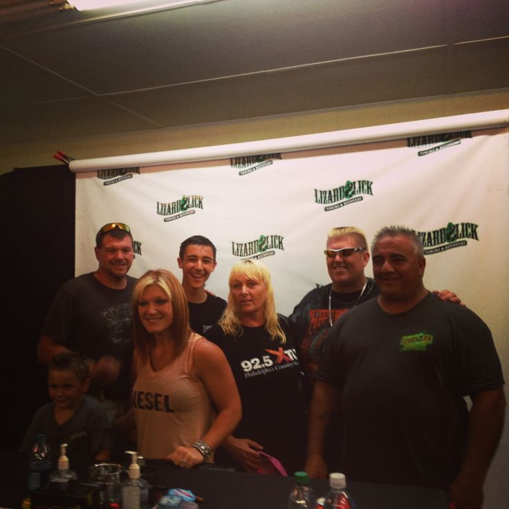 Met the entire crew from trutvs Lizard Lick Towing this weekend. My summer is complete and it was sooooo awesome. Such nice people