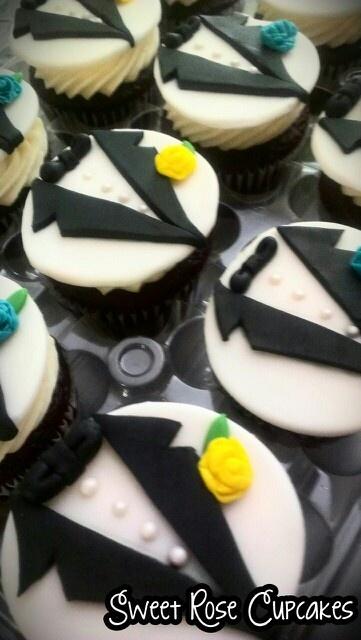 Groom tuxedo cupcakes