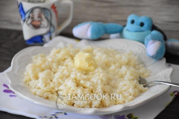 Молочная рисовая каша как в детском саду. Рис – 100 г  Вода – 200 мл  Молоко – 350 мл  Соль – щепотка  Сахар – 1 ст.л.  Сливочное масло – по вкусу