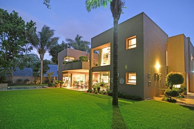 3 bedroom house for sale in Illovo - CLASSIC OFFERING