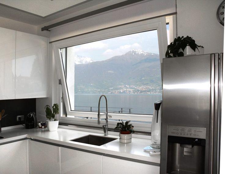 Oltre 25 fantastiche idee su finestre in acciaio su - Cucine con vetrate ...