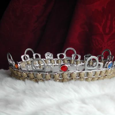 can tab crown/necklace