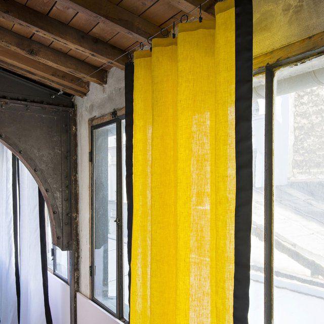 les 25 meilleures id es de la cat gorie rideau jaune moutarde sur pinterest rideau moutarde. Black Bedroom Furniture Sets. Home Design Ideas