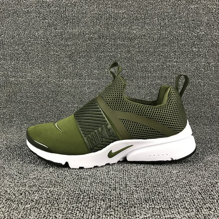 Nike Presto Extreme Running Shoes green https://sweetengineerfan.tumblr.com