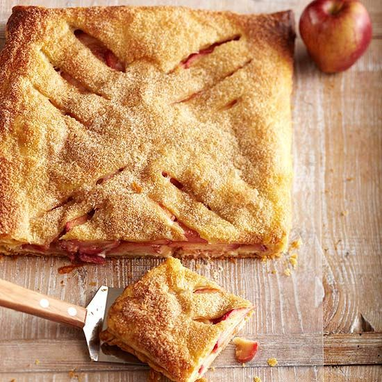 Sweetened cream cheese makes this Apple-Cheese Slab Pie simply mouth-watering. More apple pie recipes: http://www.bhg.com/recipes/desserts/pies/apple-pie-recipes/?socsrc=bhgpin092813applecheeseslabpie&page=11