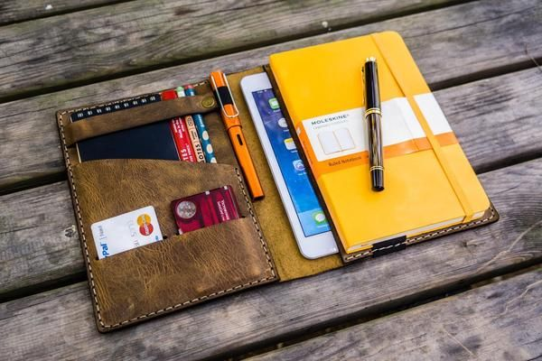 Balance the Analog and Digital.Handmade Distressed Leather Leuchtturm1917 A5 Notebook and iPad mini cover.Compatible with;Leuchtturm1917 A5 Notebook (Hard or So