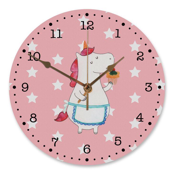 30 cm Wanduhr Einhorn Küchenfee aus MDF  Weiß - Das Original von Mr. & Mrs. Panda.  Diese wunderschöne Uhr von  Mr. & Mrs. Panda wird liebeveoll in unserem Hause bedruckt und an sie versendet. Sie ist das perfekte Geschenk für kleine und große Kinder, Weltenbummler und Naturliebhaber. Sie hat eine Grösse von 30 cm und ein absolut LAUTLOSES Uhrwerk.    Über unser Motiv Einhorn Küchenfee  Ein Einhorn Edition ist eine ganz besonders liebevolle und einzigartige Kollektion von Mr. & Mrs. Panda…