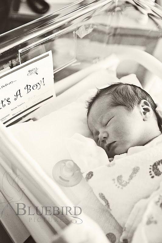 Newborn Hospital Pictures, Newborn Photography, Newborn Photo Tips, Photography Tips, Newborn Tutorial