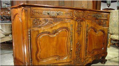 barokk szekrény