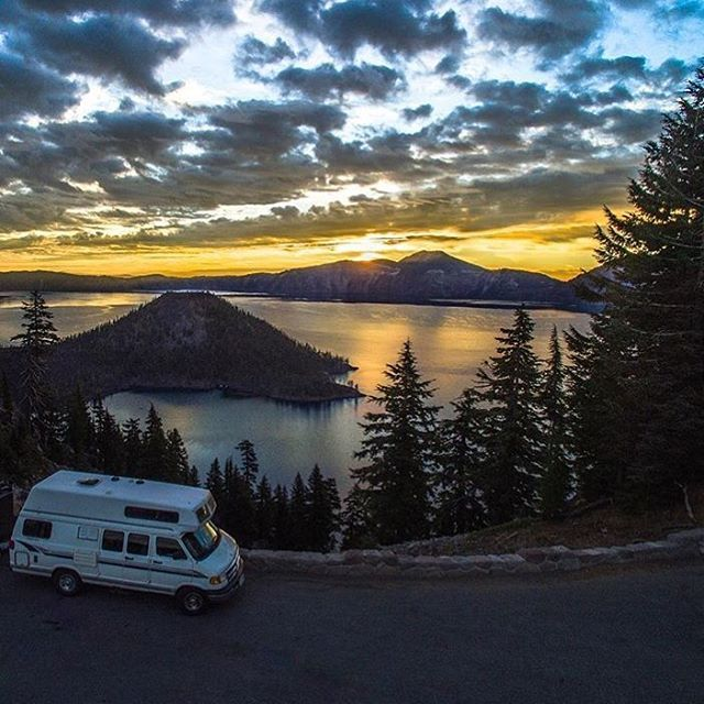 Happy Monday! Pic by @misadventuretheory at #craterlake in #oregon. #vanlife #rvlife #rvgems #homeiswhereyouparkit #rvliving #wanderlust #camp #fulltimerv #camplife #camping #travel #outdoors #nature #travelusa #wandering #campvibes #nomad #boondocking #roadtrip #gorving #gypsy