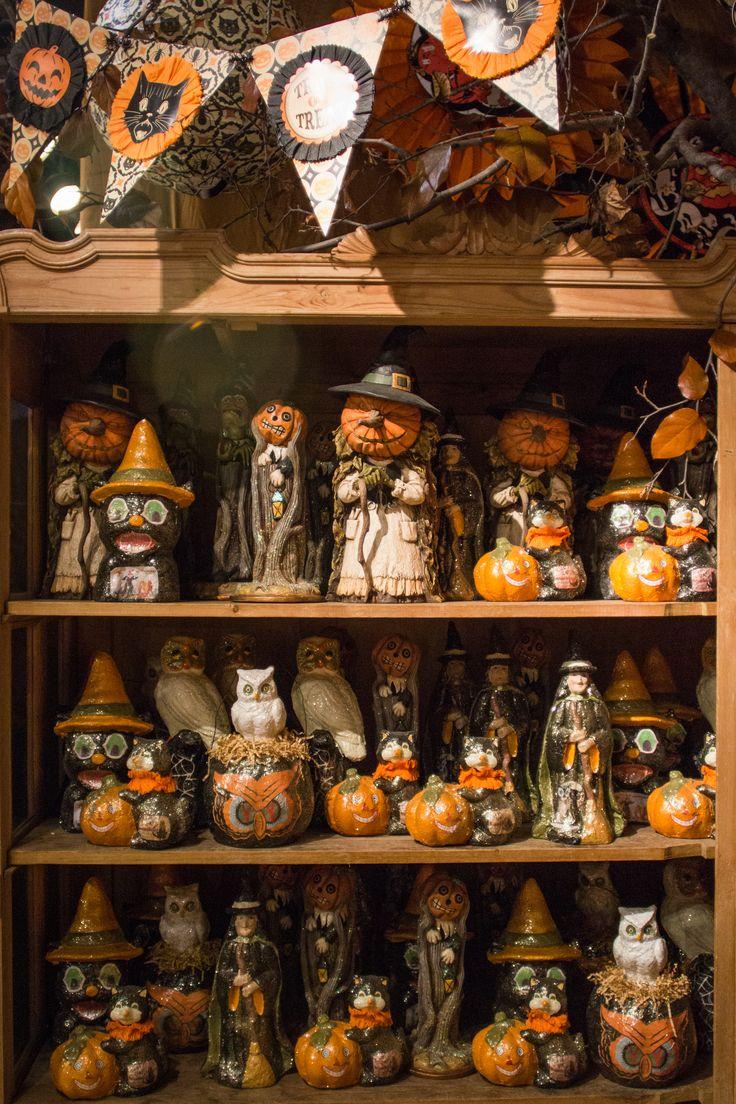 Roger's Gardens – Halloween 2016