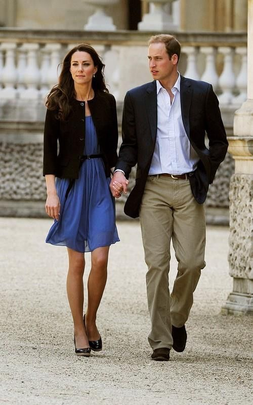 Prince William, Duke of Cambridge and Catherine, Duchess of Cambridge in the gardens of Buckingham Palace (April 30, 2011 ) The day after their Wedding
