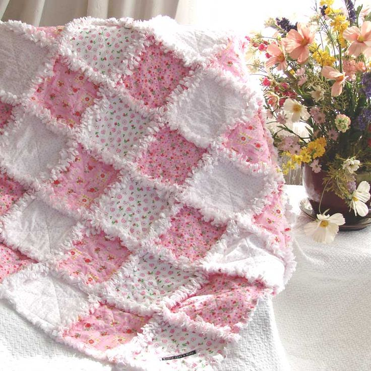 Baby Rag Quilt Sweet Little Flowers. A Quilts Just 4 Kids Exclusive! #baby #quilts From http://www.quiltsjust4kids.com