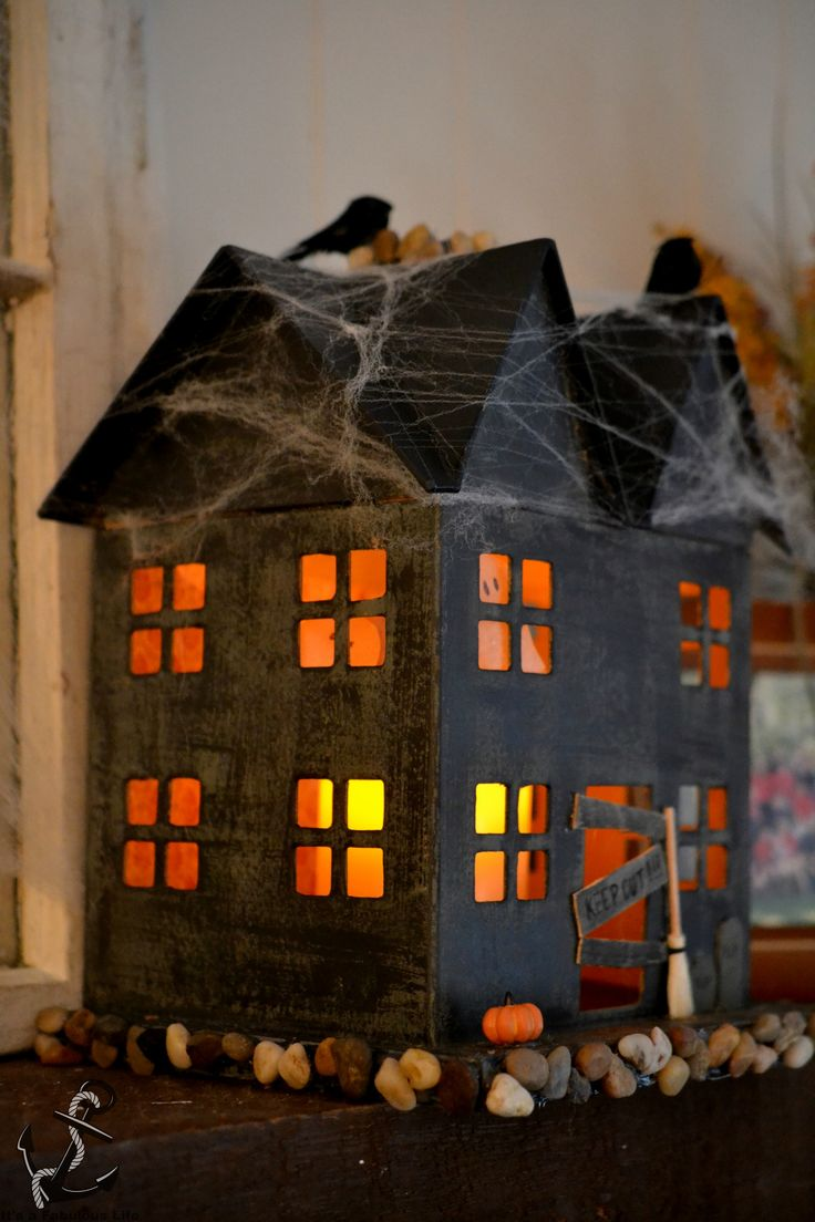 DIY Haunted House-- Keep it scary this #Halloween2015! Get some wall decor spooky ideas from http://www.inkshuffle.com/ . You can browse the site too for Halloween makeup looks/styles!