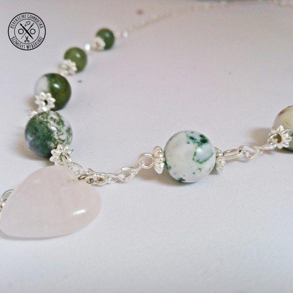 Kecses nyaklánc ásványokkal és lámpagyönggyel - megvásárolható a webáruházban #ásványékszer