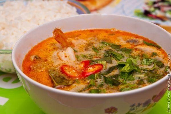 Тай это рай на земле Наверное ни один человек который побывал в Тайланде не остался равнодушен к этой стране тысячи улыбок Море солнце и знаменитая тайская кухня которая богата мор...