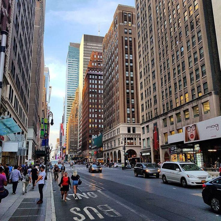 Jest: zimno :( Było: ciepło :)  #seeyouin2018  #nycprimeshot #nyc #ig_nycity #icapture_nyc #newyork #newyorkcity #igersofnyc #made_in_ny #manhattan #vscocam #newyork_instagram #ny #iloveny #igersnyc #vsco #throwbacksaturday