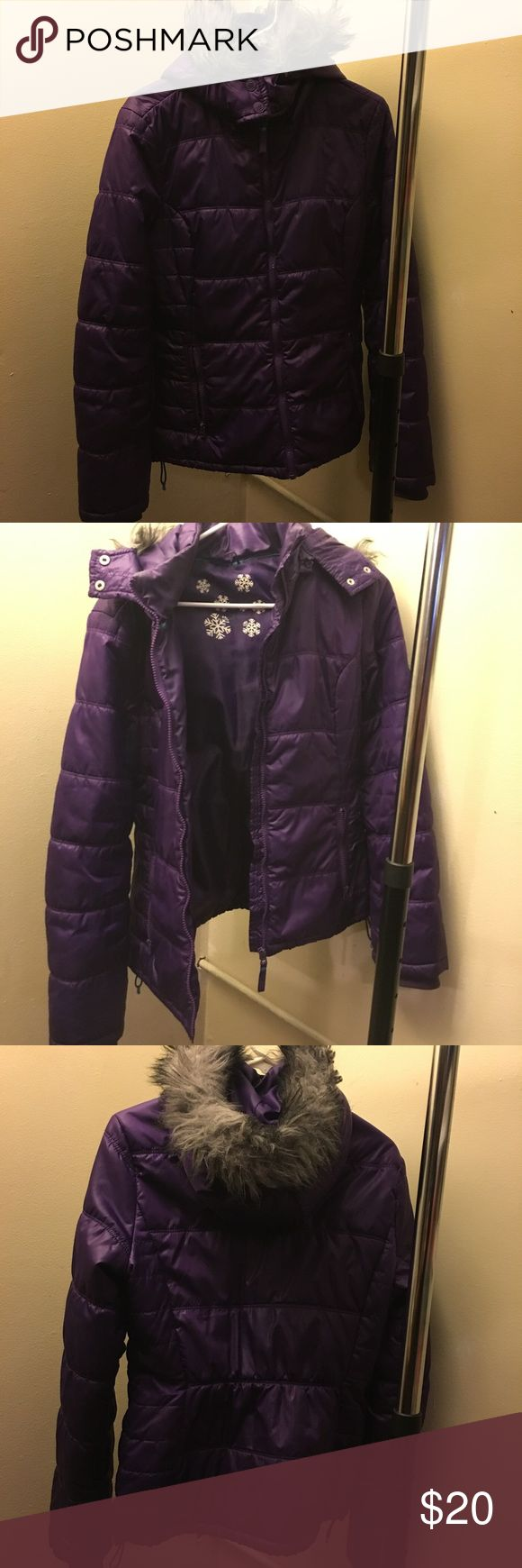 purple winter puffer jacket purple winter puffer jacket with grey fur hood gently used condition just don't use anymore juniors large aeropostale Aeropostale Jackets & Coats Puffers