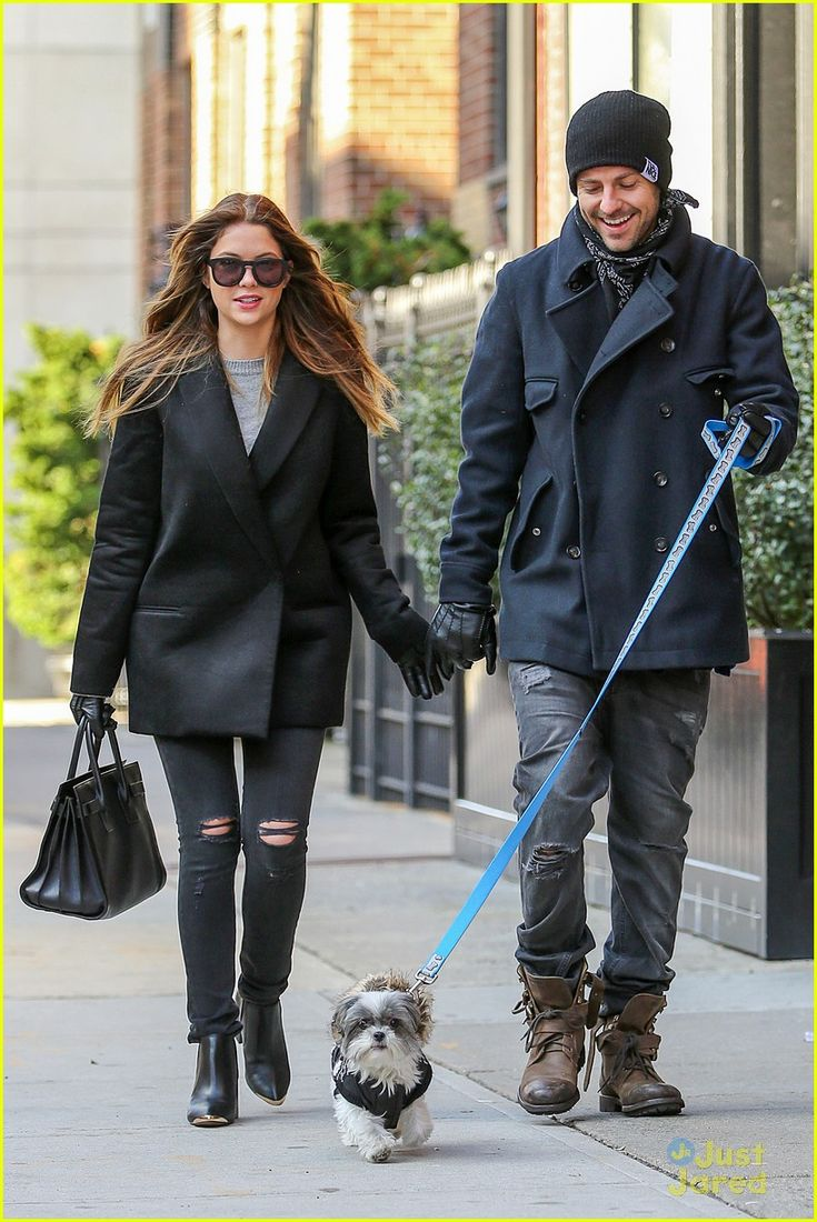Ashley Benson  Ryan Good: Holding Hands Again in NYC! | ashley benson ryan good handholding nyc 01 - Photo