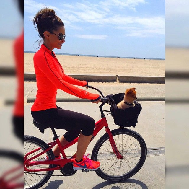 Her first Santa Monica bike ride @pompomdaisy  by ellie_gonsalves