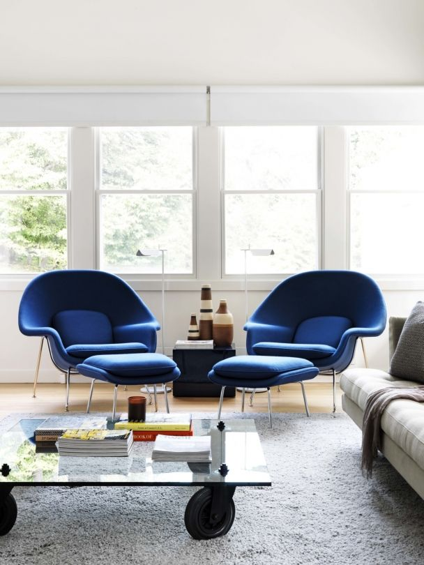 womb chairs in blue