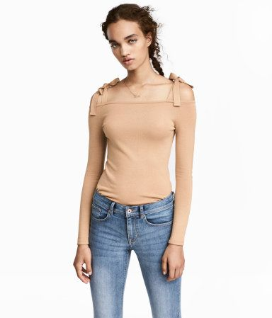 Beige. Fine-knit, open-shoulder top in a soft viscose blend with wide tie straps and long sleeves.