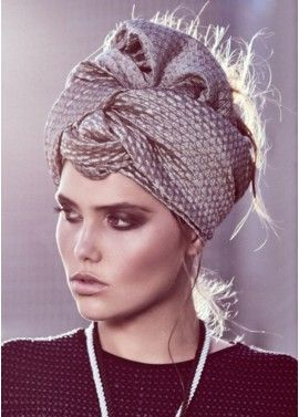 NIle Head Covering in Gray