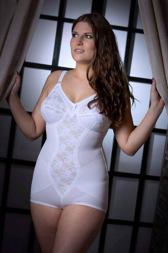 4a8eb230133dc5 All In One Body Briefer Girdle | korselett | Süße outfits, Nylons ...
