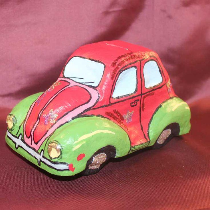 """PappArt Spardose als VW Käfer (Idee mit Anleitung – Klick auf """"Besuchen""""!) - Papa ist ein Autofan? Dann freut er sich bestimmt am Vatertag über diese besondere, selbstgestaltete Käfer-Spardose! Und damit kann er dann auf das nächste Traumauto sparen"""